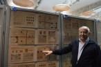 Barros ante su colección