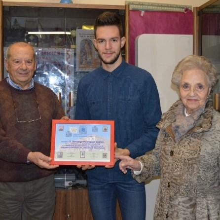Recibiendo Premio de Oviedo